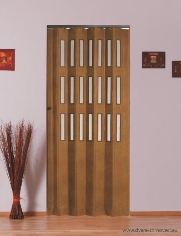 Koženkové shrnovací dveře